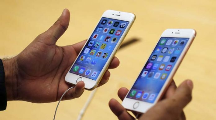 Apple Sued Over iPhone 6 Touchscreen Freeze Problem