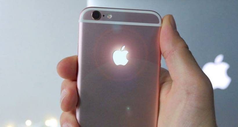 Now You Can Light Up The iPhone Apple Logo Just Like A Macbook