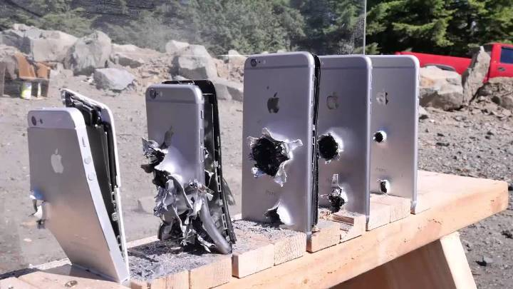 Six iPhones Can Protect You From An AK-74 Bullet [Video]